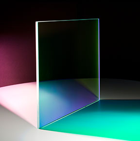 Farbeffektglas - Dichroitischer Filter FS Green beleuchtet
