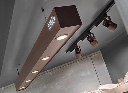 """Prolicht Maxline auf der """"Light+Building"""" in Frankfurt 2014; Fotograf: Simon Fischbacher"""