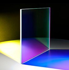 Farbeffektglas - Dichroitischer Filter FS Blue beleuchtet