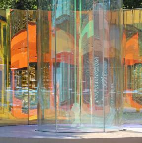 Dichroitisches Glas - Inga Danysz  - Colour Fields - Kinderklinikum der Stadt Frankfurt am Main