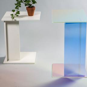 Kukka Desiger Tisch mit dichroitischen Filtern